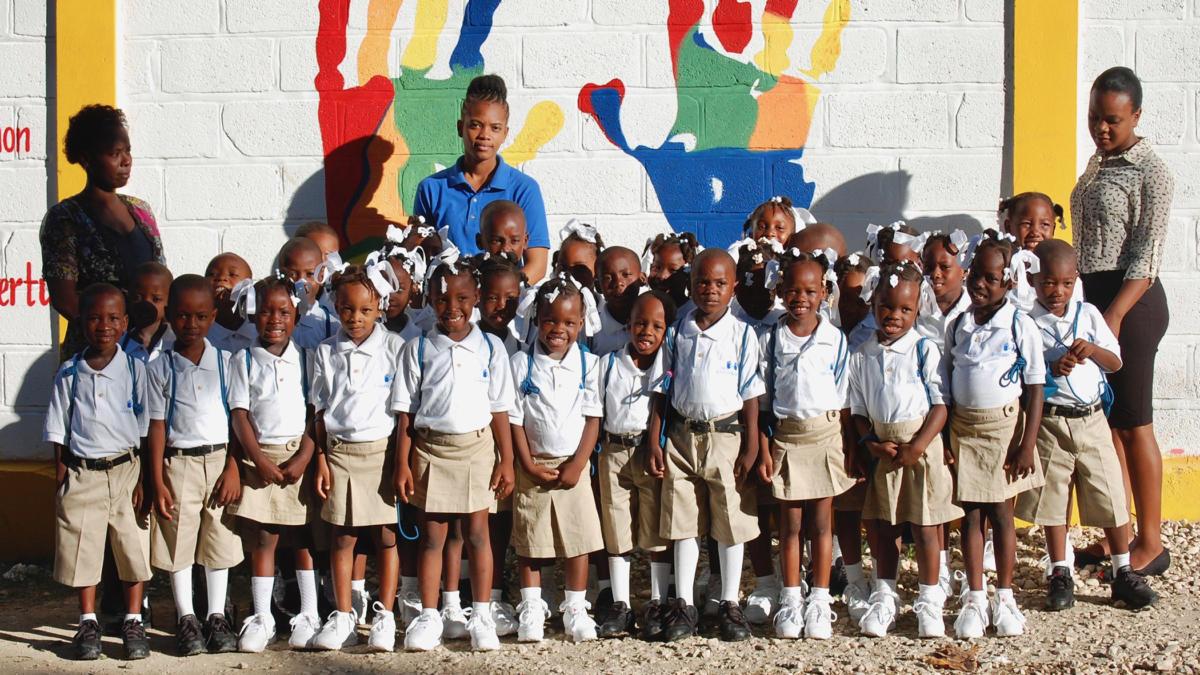Josschool-1st-Grade-Class